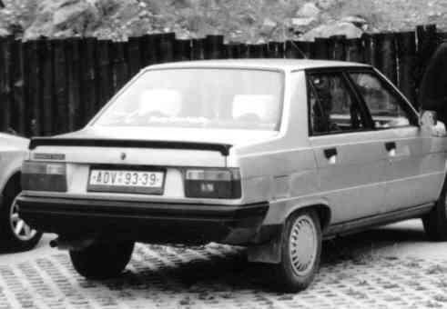 Renault 9 TL